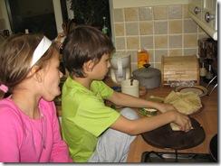 Samir and Alisa making pancakes 004